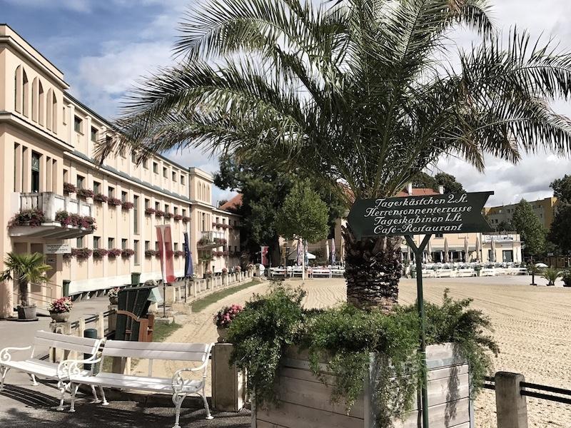 Palmen Strandbad Baden